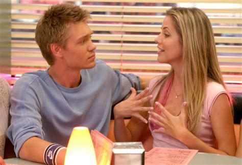 Julie Gonzalo Talks Possible Chad Michael Murray