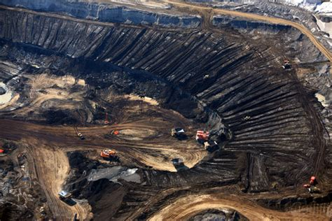 Industrial scars: aerial photographs of pollution by J