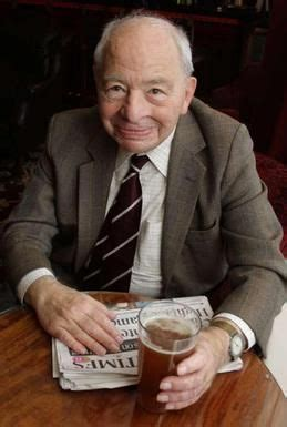 Colin Dexter - Wikipedia | Pbs mystery, Famous detectives