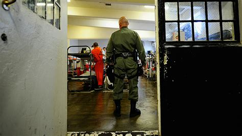 High court orders California to release thousands of