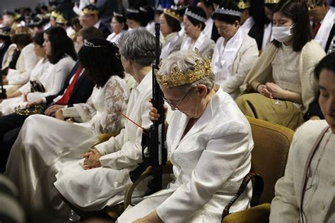 People Get Assault Rifles Blessed In Church As They Vow To